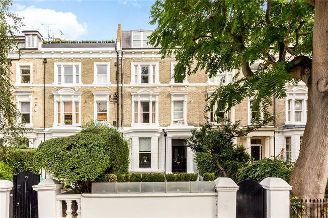 Asking Price £1,595,000, 4 Bedroom Flat For Sale in London, W14
