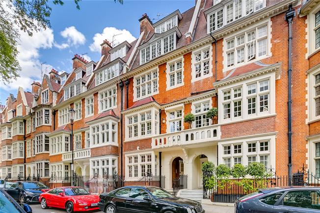 Asking Price £6,500,000, 8 Bedroom Terraced House For Sale in London, W8