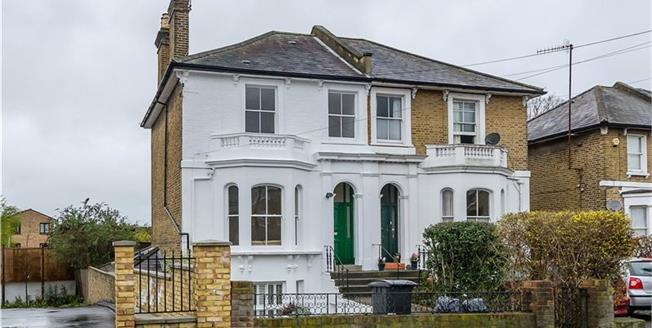 Asking Price £1,195,000, 3 Bedroom Semi Detached House For Sale in Kingston upon Thames, KT2