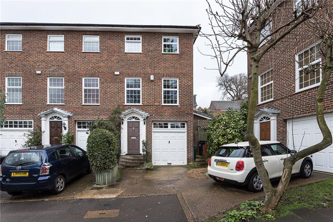Guide Price £935,000, 4 Bedroom Terraced House For Sale in Kingston upon Thames, KT2