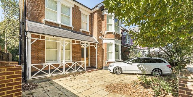 Asking Price £1,375,000, 7 Bedroom Detached House For Sale in Kingston upon Thames, KT1