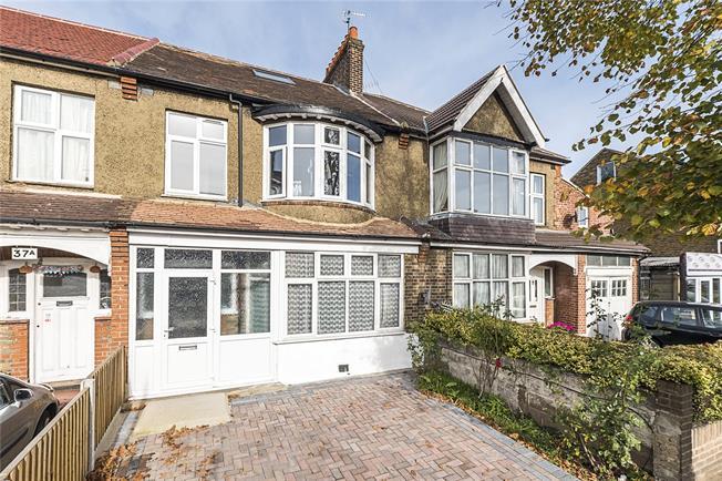 Asking Price £580,000, 4 Bedroom House For Sale in New Malden, KT3