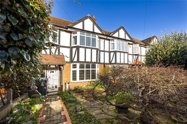 Asking Price £600,000, 3 Bedroom Terraced House For Sale in Kingston upon Thames, KT1