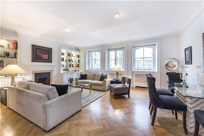 Asking Price £2,795,000, 3 Bedroom Flat For Sale in London, SW7