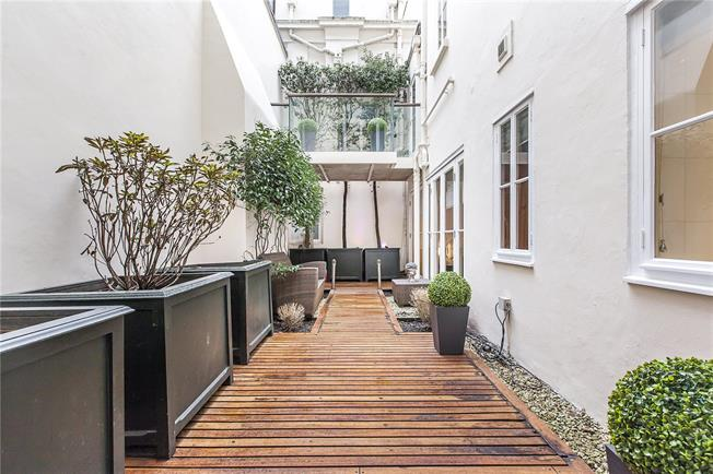 Asking Price £4,950,000, 2 Bedroom Flat For Sale in London, SW1X