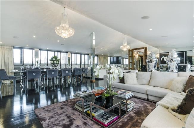 Asking Price £10,000,000, 3 Bedroom Flat For Sale in London, SW7