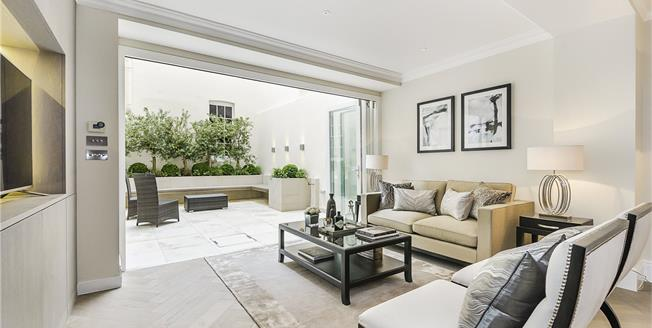 Asking Price £2,285,000, 2 Bedroom Flat For Sale in London, SW1X