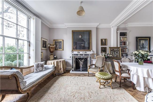 Asking Price £5,600,000, 2 Bedroom Terraced House For Sale in London, SW7