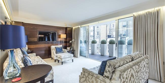 Asking Price £3,495,000, 3 Bedroom Flat For Sale in London, SW1X