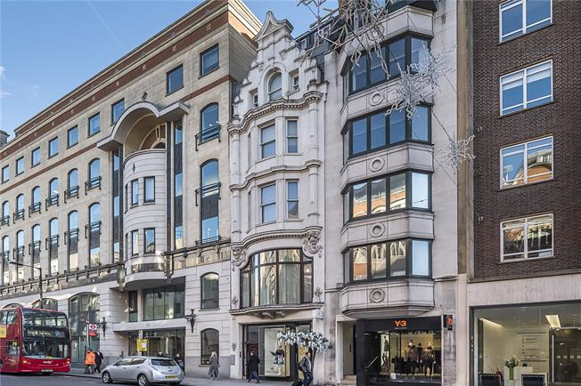Asking Price £3,395,000, 3 Bedroom Flat For Sale in London, W1S