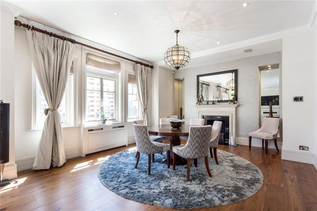 Asking Price £8,850,000, 3 Bedroom Flat For Sale in London, SW3