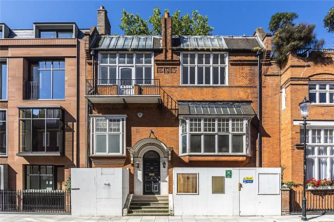 Guide Price £10,000,000, 6 Bedroom House For Sale in London, SW3