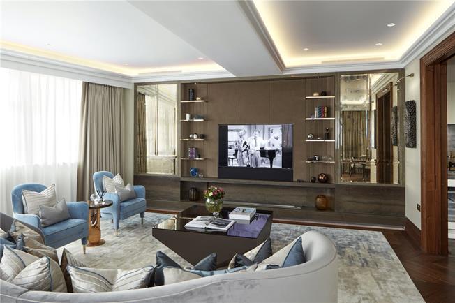 Asking Price £10,500,000, 3 Bedroom Flat For Sale in London, W1K