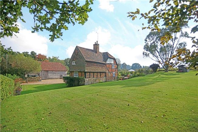 Guide Price £895,000, 4 Bedroom Detached House For Sale in Headley, GU35