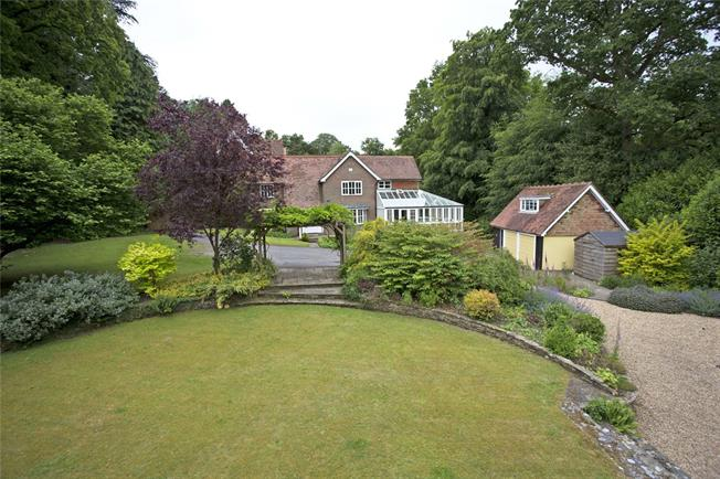 Offers in excess of £850,000, 4 Bedroom Detached House For Sale in Liss, Hampshire, GU33