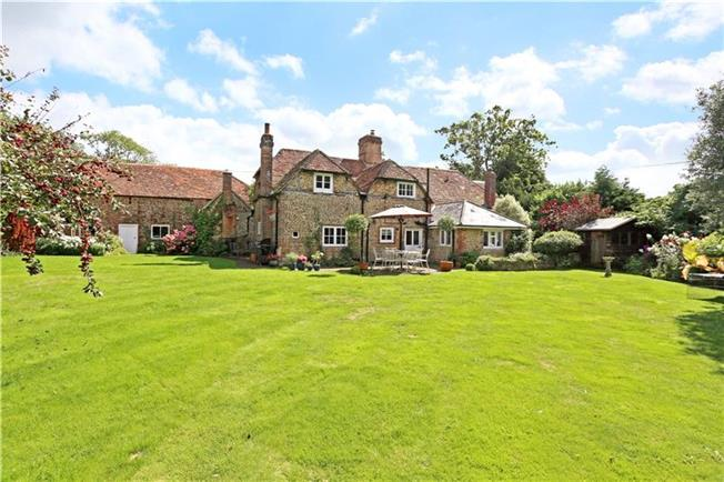 Offers in excess of £1,000,000, 4 Bedroom Detached House For Sale in Passfield, GU30