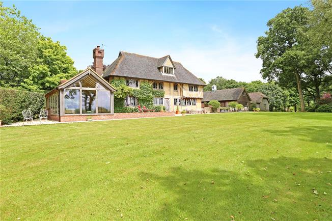 Guide Price £2,250,000, 5 Bedroom Detached House For Sale in Iping, GU29
