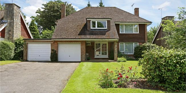 Asking Price £685,000, 4 Bedroom Detached House For Sale in Hampshire, GU30