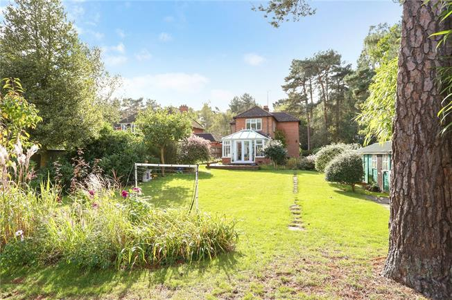 Offers in excess of £600,000, 3 Bedroom Detached House For Sale in Hampshire, GU35