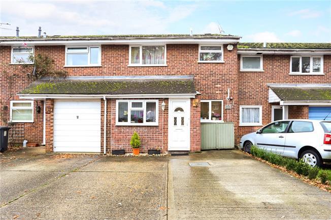 Asking Price £275,000, 3 Bedroom Terraced House For Sale in Bordon, GU35