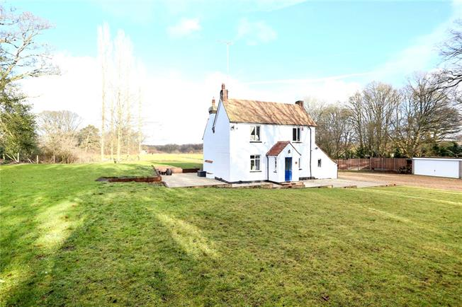 Offers in excess of £750,000, 3 Bedroom Detached House For Sale in Hampshire, GU35