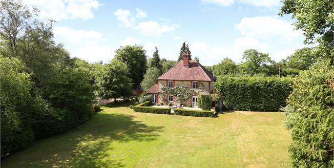Guide Price £1,900,000, 5 Bedroom Detached House For Sale in Liphook, GU30