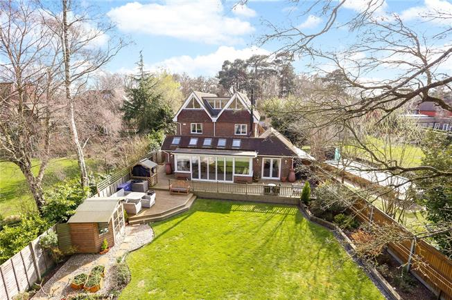Offers in excess of £1,395,000, 6 Bedroom Detached House For Sale in Hampshire, GU31