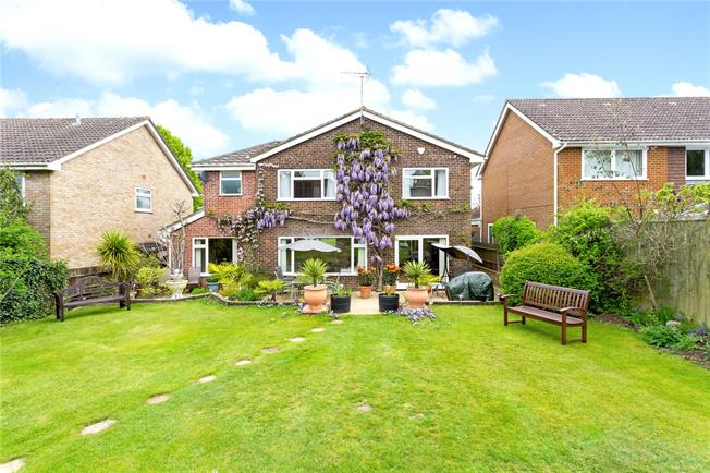 Offers in excess of £650,000, 4 Bedroom Detached House For Sale in Liphook, GU30