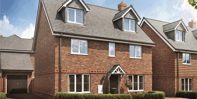 Asking Price £595,000, 5 Bedroom Detached House For Sale in Liphook, Hampshire, GU30