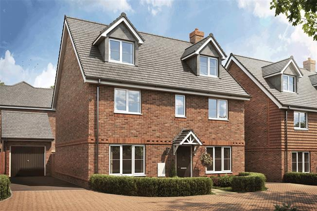 Asking Price £595,000, 5 Bedroom Detached House For Sale in Liphook, GU30