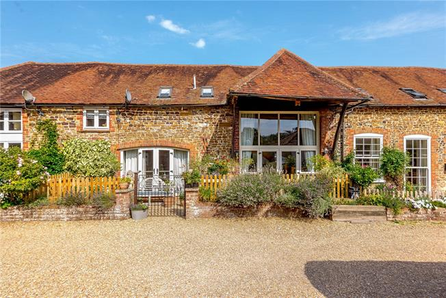 Guide Price £675,000, 3 Bedroom Terraced House For Sale in Standford, GU35