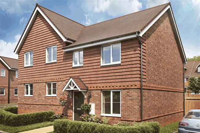 Asking Price £345,000, 3 Bedroom Semi Detached House For Sale in Liphook, Hampshire, GU30