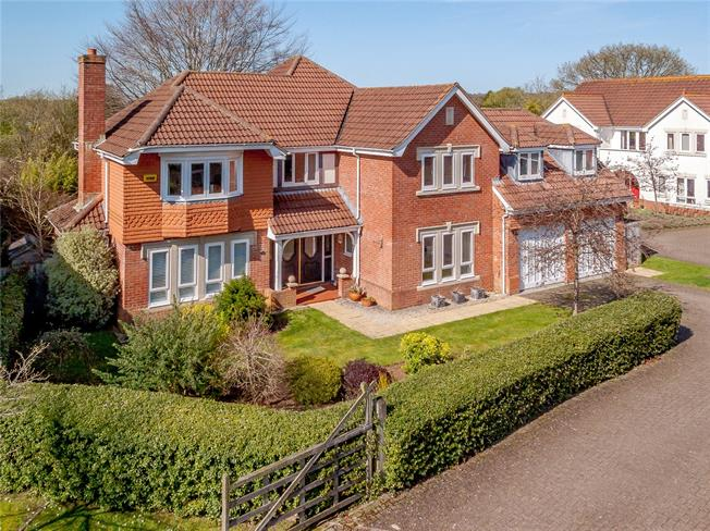 Offers in excess of £750,000, 5 Bedroom Detached House For Sale in Liphook, GU30