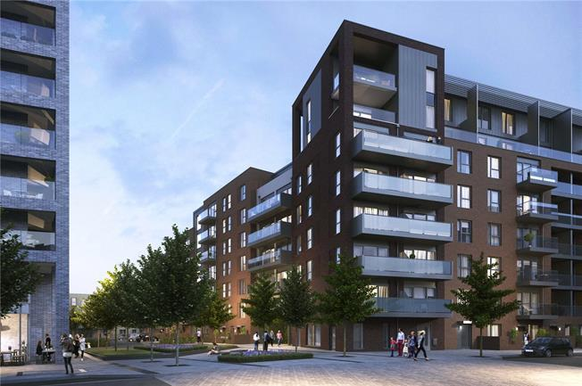 Asking Price £570,000, 2 Bedroom Flat For Sale in Ealing, W13