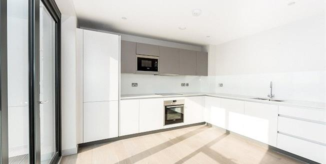 Asking Price £780,000, 3 Bedroom Flat For Sale in Ealing, W13