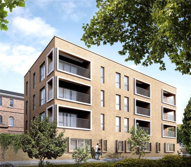Asking Price £475,000, 1 Bedroom Flat For Sale in London, E3