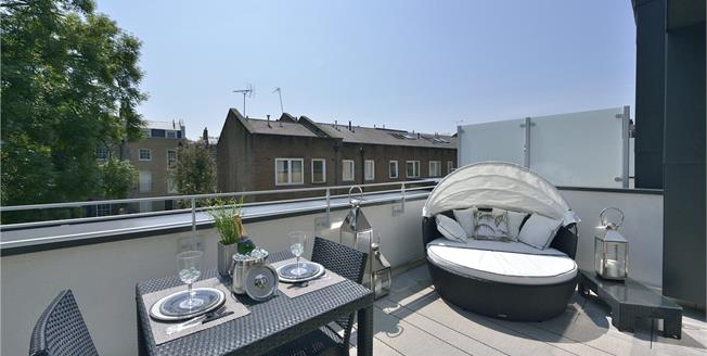 Asking Price £1,865,000, 3 Bedroom Terraced House For Sale in London, N1