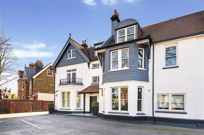 Asking Price £449,950, 1 Bedroom Flat For Sale in London, W5