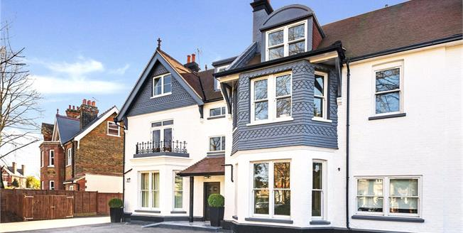 Asking Price £799,950, 2 Bedroom Flat For Sale in London, W5