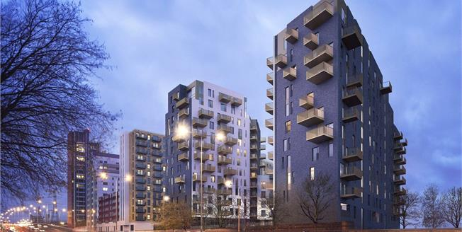Asking Price £600,000, 3 Bedroom Flat For Sale in London, E16