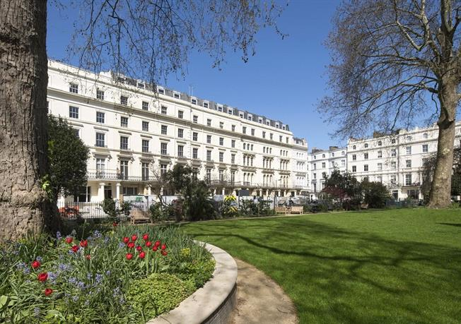 Asking Price £5,250,000, 3 Bedroom Flat For Sale in London, W2