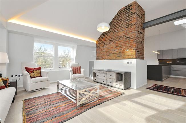 Asking Price £3,345,000, 3 Bedroom Flat For Sale in London, EC1M