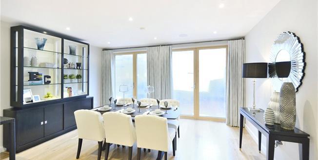 Asking Price £1,860,000, 3 Bedroom Terraced House For Sale in London, N1