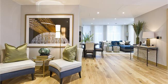 Asking Price £1,420,000, 2 Bedroom Flat For Sale in London, W2