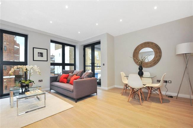 Asking Price £599,950, 2 Bedroom Flat For Sale in London, N7