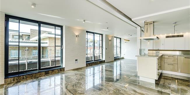 Asking Price £1,995,000, 2 Bedroom Flat For Sale in London, SW1P