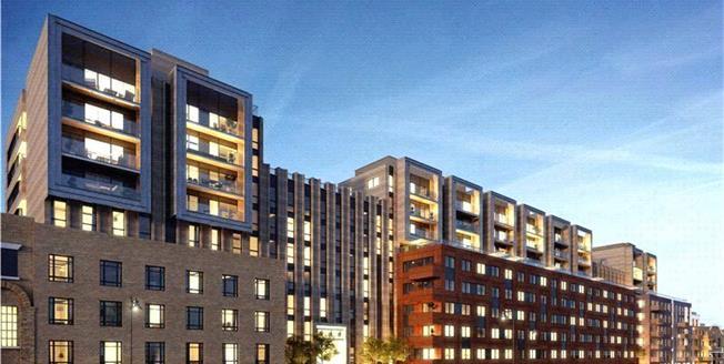 Guide Price £715,000, 1 Bedroom Flat For Sale in Wharf Road, London, N1