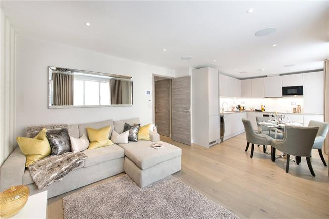 Asking Price £1,195,000, 2 Bedroom Flat For Sale in London, SW1P