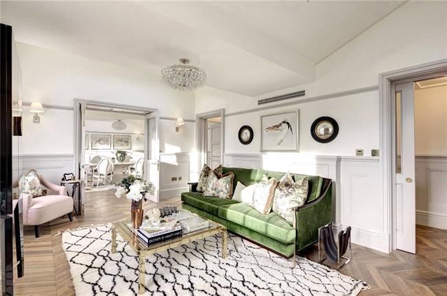 Asking Price £3,850,000, 3 Bedroom Flat For Sale in London, W2