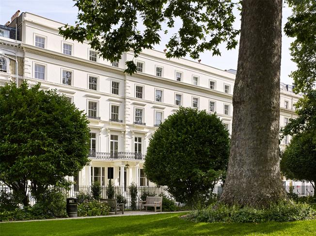 Asking Price £6,200,000, 4 Bedroom Flat For Sale in London, W2